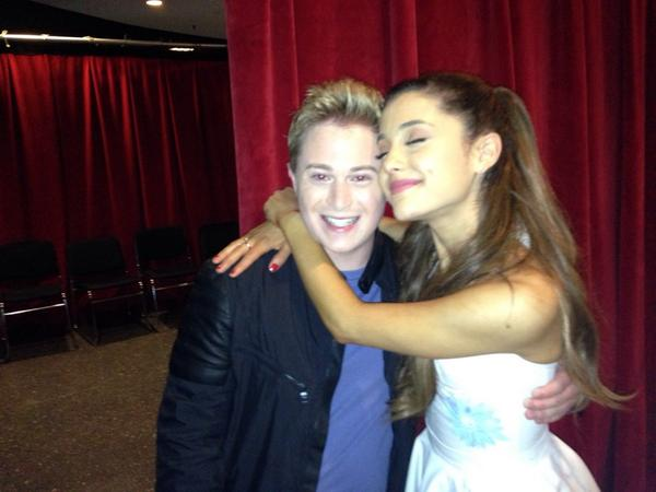 #ThrowbackThursday: @ArianaGrande & me at The @TODAYShow! #TBT http://t.co/DDU9ghszoc