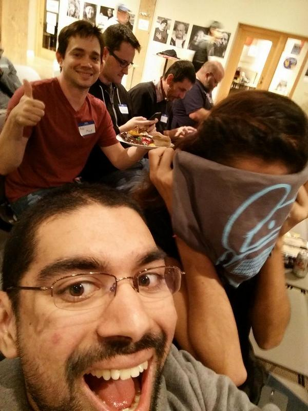 At #IntelAndroid checking out Yo for wear/glass and @romanbb representing @CyanogenMod #selfie http://t.co/6V3ZIfA8eb