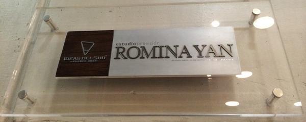 Hoy cumpliría 40 Años #RominaYan (Foto - Placa puerta Estudió Romina Yan de Ideas del Sur) http://t.co/tNEt9V3SBQ