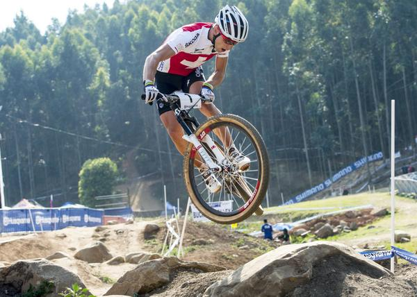 Another #OakleyMTB athlete goes for a World Championship 3-peat tomorrow. RT if you think @nschurter can do it! http://t.co/LA851XZqu3