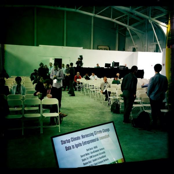 Crowd gathering for Climate Data panel: @sophiatu + @GarrettMelby + @rekatz #socap14 #cdi http://t.co/xYtAyIxnQS
