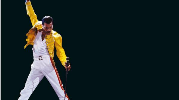 Happy Birthday Freddie, the legend of @QueenWillRock.  http://t.co/wUMhDvaBRx http://t.co/zzt8Rt0vad