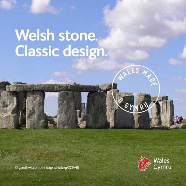 Wales thanks @BarackObama for his visit – we hope you enjoy one of our greatest exports #WalesMade http://t.co/7jqC8QKr6p