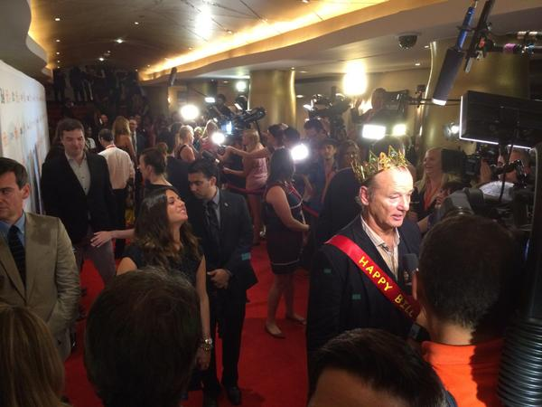#BillMurry celebrates #BillMurrayDay with crown and sash at #StVincent premiere! #TIFF14 #ETCanadaTIFF http://t.co/Am82OqOPJ1