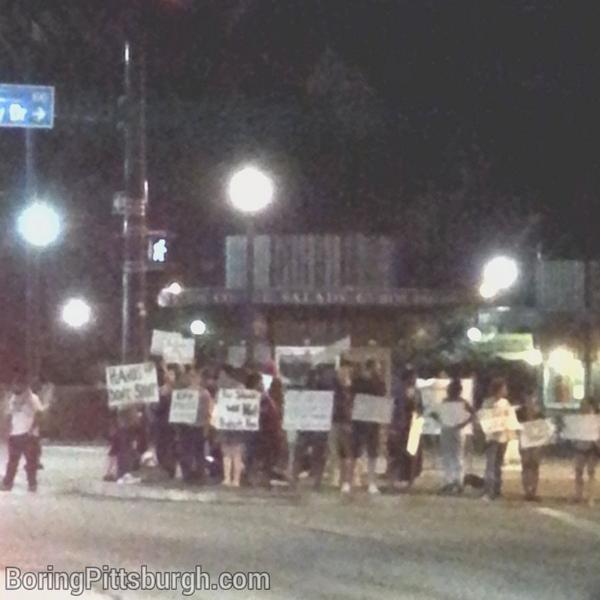 Happening Now: #Ferguson protest in Pittsburgh. Forbes Ave and Bigelow near Pitt library. #HandsUpDontShoot http://t.co/lTdxs1RR1U