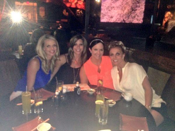 """Britney Spears on Twitter: """"Hanging with my original posse - Laura Lynne,  Jansen & Cortney! 👙 Girls weekend in Vegas! 👯 http://t.co/YMBiit5d1N"""""""