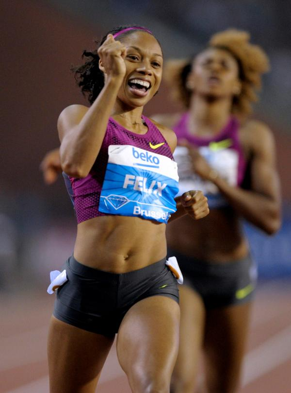 .@allysonfelix ran the FASTEST 200m of 2014 to win the #DiamondLeague Title!  Highlight: http://t.co/Izl8nIIWOj http://t.co/UtYTPsQUmB