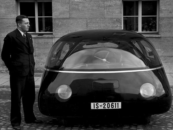 "When car design was un-afraid ""@WIRED: The bizarre German car that was ultra-aerodynamic - http://t.co/PogonvMhJq http://t.co/N9VVDQ9Y0W"""