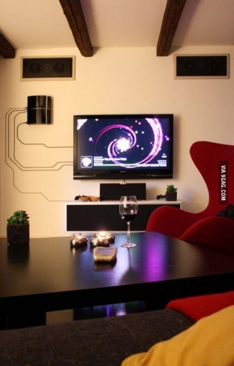 Why would you hide cables, if you can make it look like THIS. http://t.co/wcWtMf3odu via @9GAG http://t.co/DezQEDM4DN