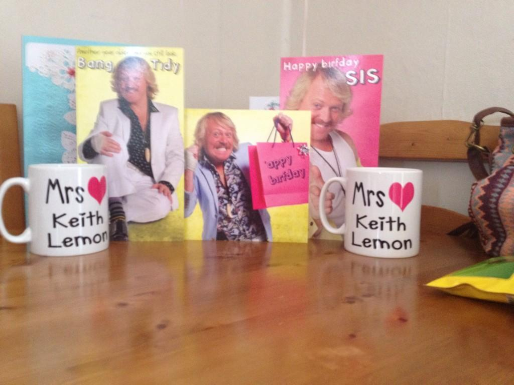 RT @amyxoD: @lemontwittor massive fan luv u lemon❤️ http://t.co/jhR8po9Iyr