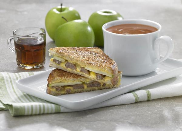 @30secondmom  On weekends, our kids love this Grilled Cheese sandwich: http://t.co/oAZsQ0xPxp #MorningHacks http://t.co/KC7yO33g87