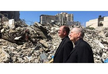 Vatican Radio reports on US Bishops' #PeacePilgrimage, interviews Bishop Barres! @USCCB http://t.co/uHSqy6XSOs http://t.co/Ij7SjtTBXq