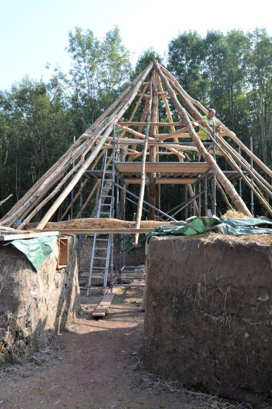 @BurrowSteve @StFagans_Museum Did the Iron Age Celts do loft conversions? I see potential! http://t.co/mZvJcMyOeK #bryneryr #arthappens