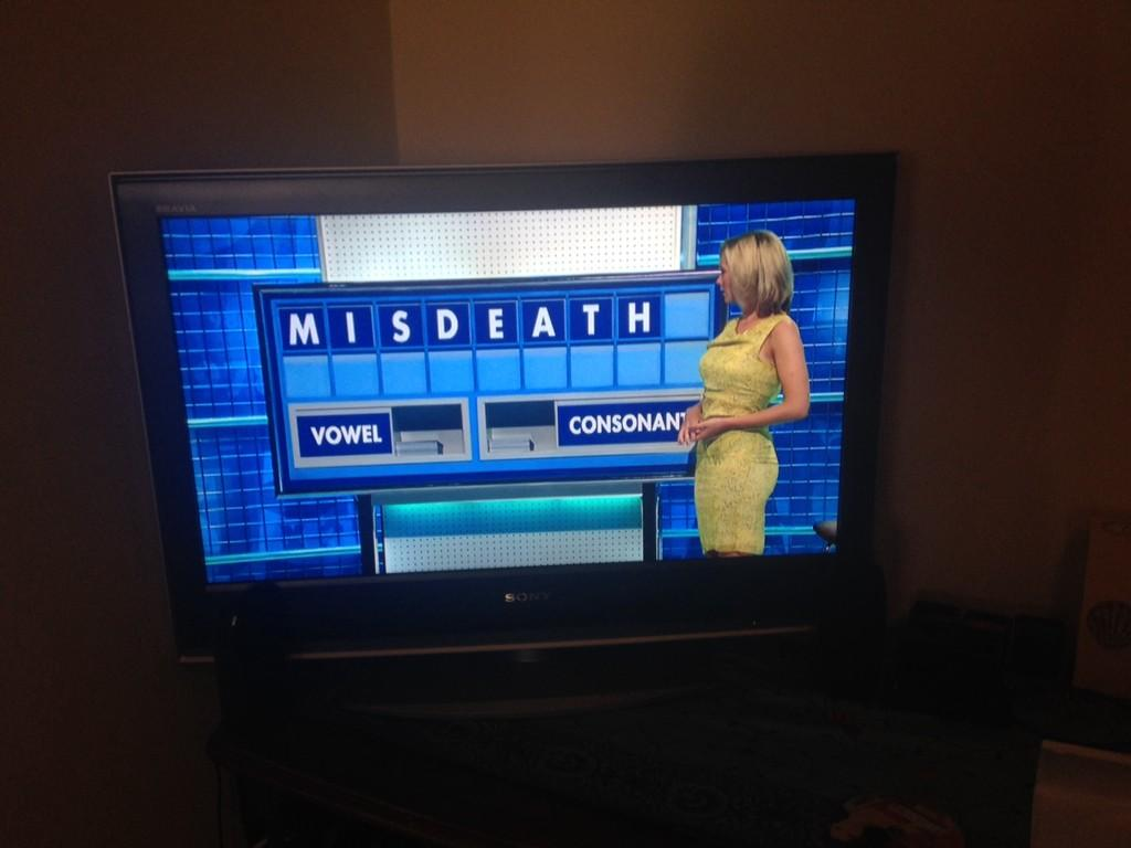 """@pickupmyhiccup: . @RachelRileyRR finds the courage to reveal her doña matrix alter-ego name on @Channel4. http://t.co/VRpY4QmPWH"" haha!"