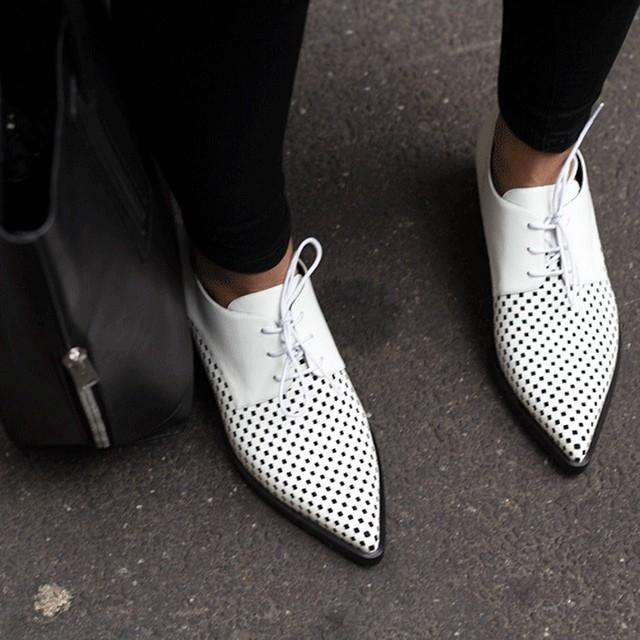 #StellaStreetStyle: Our #Autumn14 Frankie lace up loafers spotted on the street. Photo courtesy of Treasurette. http://t.co/yYS1WVuzNw