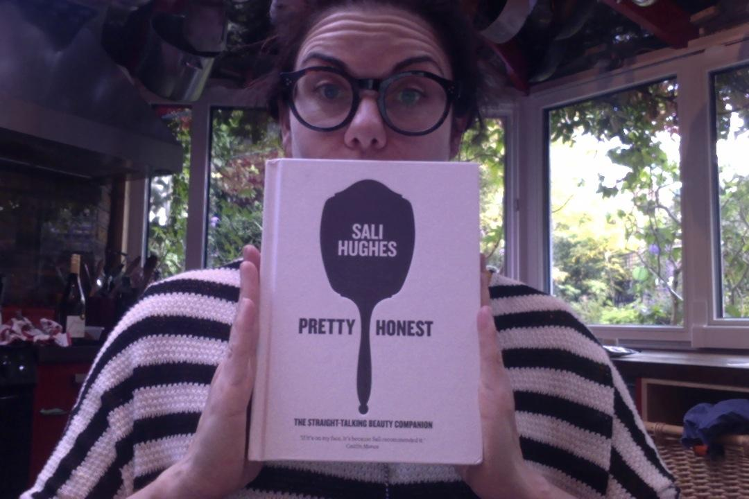Look the fuck what just rocked up - my copy of #prettyhonest by @salihughes: http://t.co/I0giBQSj0F