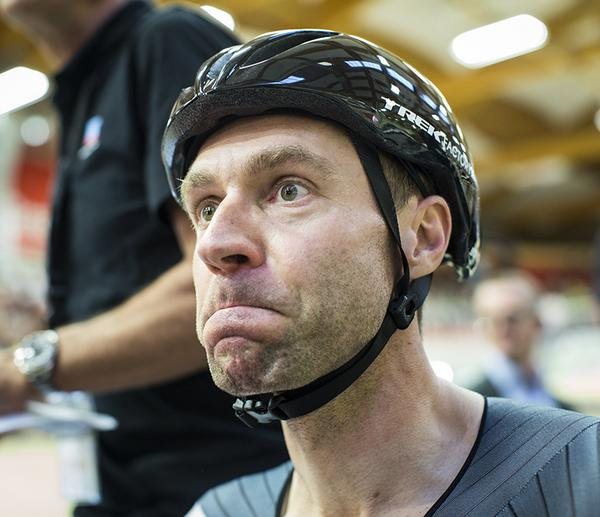 Jens Voigt breaks the #HourRecord! http://t.co/08iJBQ5kcg