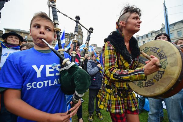 Polls close in Scotland for referendum on independence