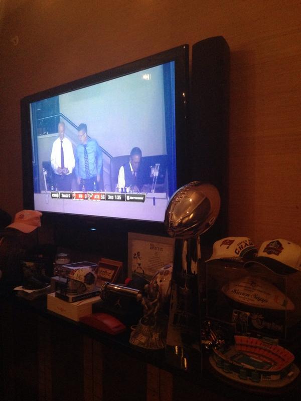 Lmaaaaaaoooooooo RT @NO_TATS_B: THE IRS GONNA COME TAKE THIS FROM YOU TOO RT @WarrenSapp: My view ATL fans! #GetOne http://t.co/9jt2WHWAJH