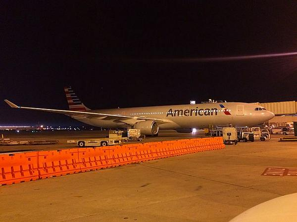 PHOTO: First @USAirways A330 in #newAmerican colors! (via phillyramp270) http://t.co/H8by95vsjV