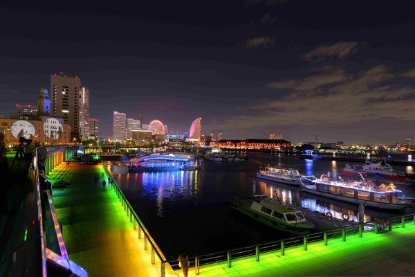 横浜で光の祭典!「スマートイルミネーション」開催 - みなとみらい21区他にて fashion-press.net/news/12851 pic.twitter.com/uZ2js1QLUc