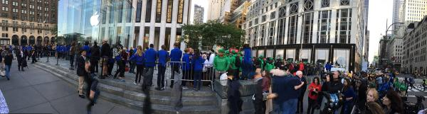 The iPhone 6 Chaos Could Be the Biggest Crowds Since the First iPhone http://t.co/1EuzgLXvJ2 http://t.co/7NGjaIC9Dz