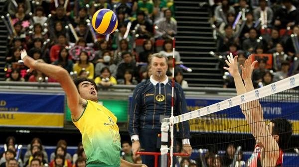 Tricampeão, @Rodrigao14 acredita que Brasil irá chegar a mais uma decisão do Mundial de Vôlei http://t.co/emXce8A40f http://t.co/y8KvYvSxpb