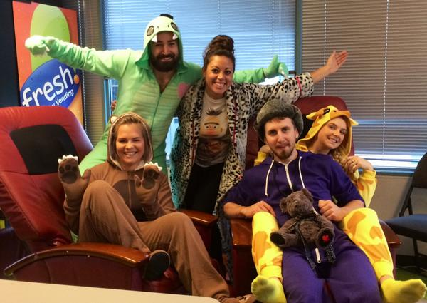 .@BuildDirect Ahoy! thar we see your #TalkLikeAPirateDay and raise you our Onesie Day :P #OnesieDay http://t.co/F0POnIkXSv