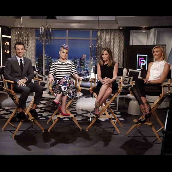 Join me @KellyOsbourne @GiulianaRancic @MelRivers now for our 90 min @e_FashionPolice tribute celebrating @JoanRivers http://t.co/dkcJ3cHaBl