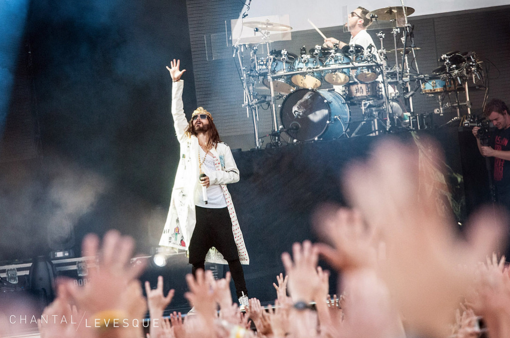 Last night of the #CarnivoresTour w/ @LinkinPark + @AFI. THX for the memories!! You ready, Concord!? http://t.co/Q6tsTqWArK