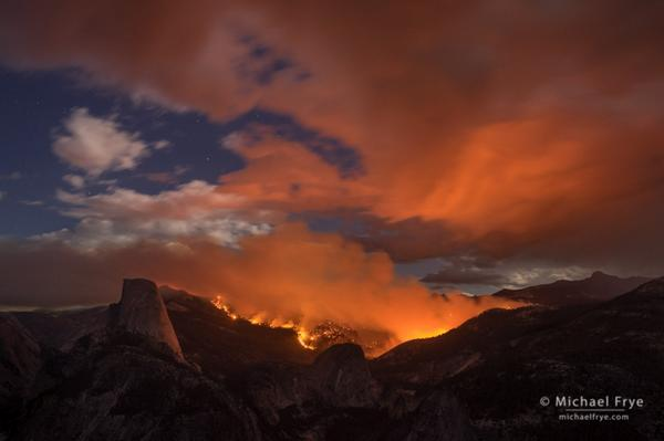 Photograph of the #MeadowFire in #Yosemite at about 8:45  p.m. yesterday from Washburn Pt.: #yosemitefire http://t.co/urKCE2ZoCV