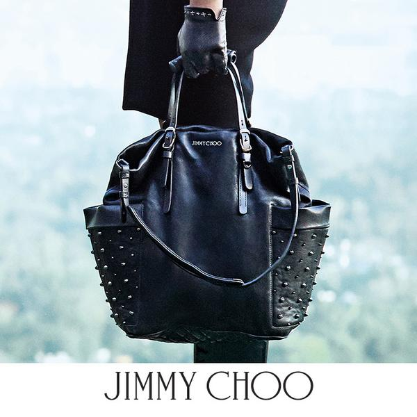"""2119cf12ef40 """" JimmyChooLtd  The bestselling  jimmychoo BLARE bag is back for the new  season. http   bit.ly blare bag pic.twitter.com 990UEvUVPm"""" WANT!!"""