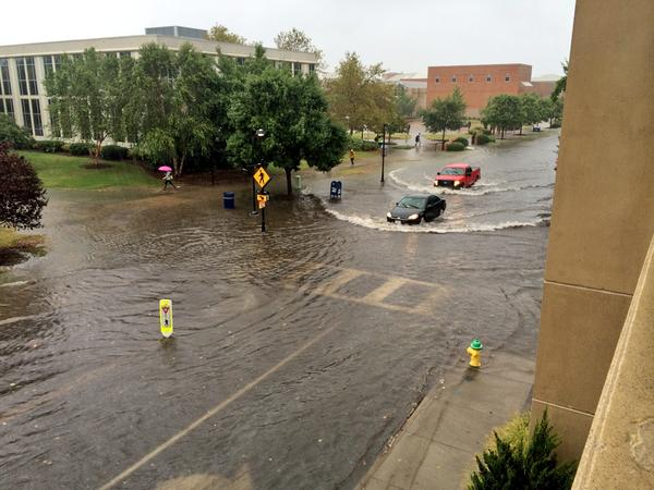 Flooding at Old Dominion University #vawx #hrweather http://t.co/71gq64zAsH