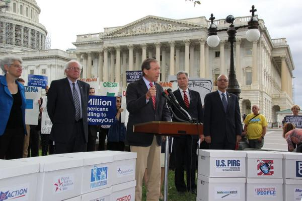 Received >3 million petitions today from Americans who support #Democracy4All.  I'll keep fighting 4 you. http://t.co/WmE2PpQKaO