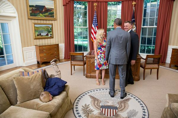 'Don't worry dad, I promise I'll behave when you meet President Obama' http://t.co/WbqUwSOguM