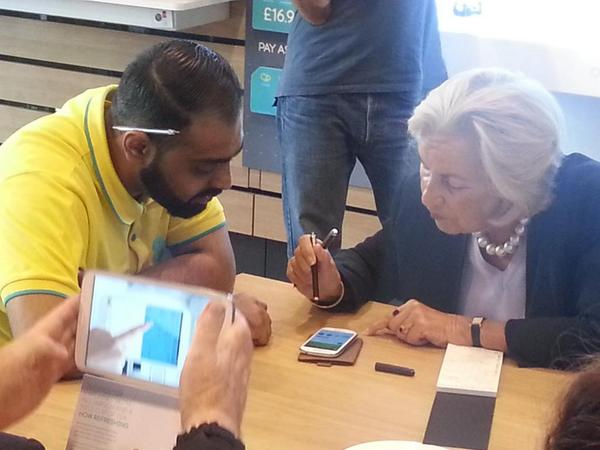 #Techyteaparty in full swing in Oxford Street store @age_uk @ee http://t.co/dGSoMSQuxQ