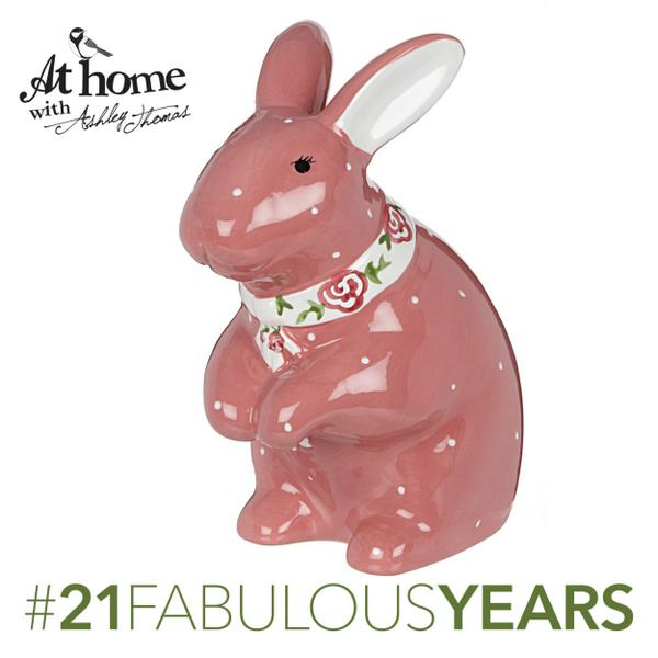 Want to win this cute @homewithashley bunny money box? Simply RT for the chance to win.  #21fabulousyears http://t.co/zM9ga1ksTA