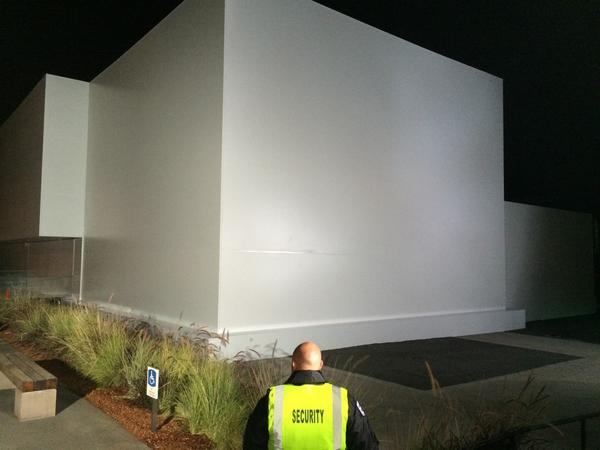 What's inside the big white box? #Apple's big day. The latest on @GMA http://t.co/ktuqLQPZ9f