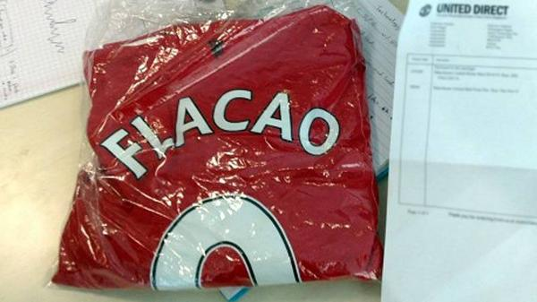 Just received by a friend of ESPN FC courtesy of the Man United club shop: #mufc http://t.co/pnEbERvhkK