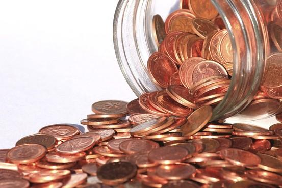 Time to ditch the penny (which costs 1.6 cents to make)? Many readers say yes  http://t.co/ljlrsjgakg http://t.co/Ld2EWCU8Kj