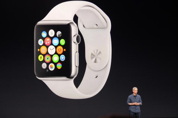 The Apple Watch UI took rethinking, says Cook -- not a shrunken iPhone. Our liveblog here: http://t.co/WomVQAXkob http://t.co/AsLjqG64qr