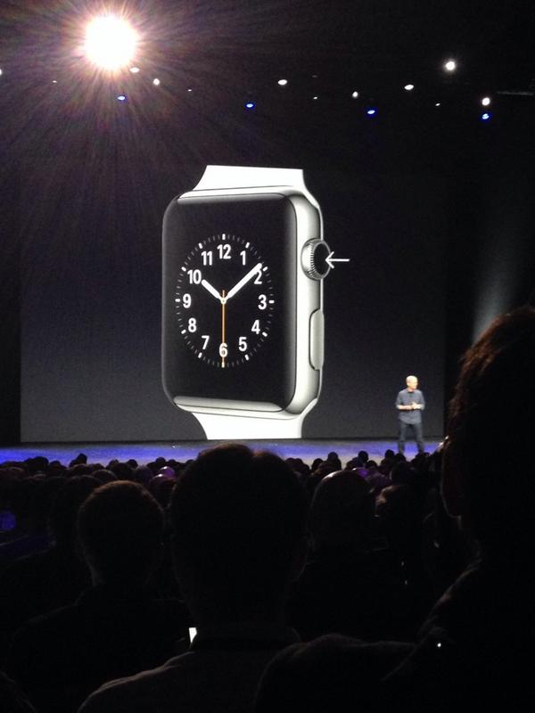 Cook shows of functions of the dial on Apple Watch. #AppleWatch #AppleEvent http://t.co/ckPflDmq5J