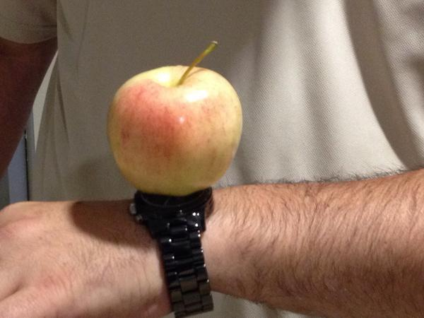 Apple Watch pic.twitter.com/n1IeJPWIvQ
