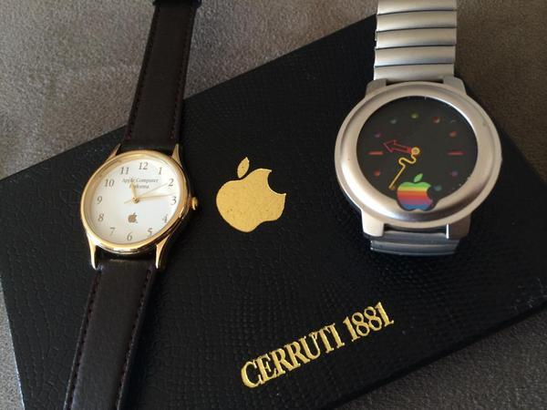 Here's my Apple Watch & Apple Watch Edition... http://t.co/h1r62eXRiB