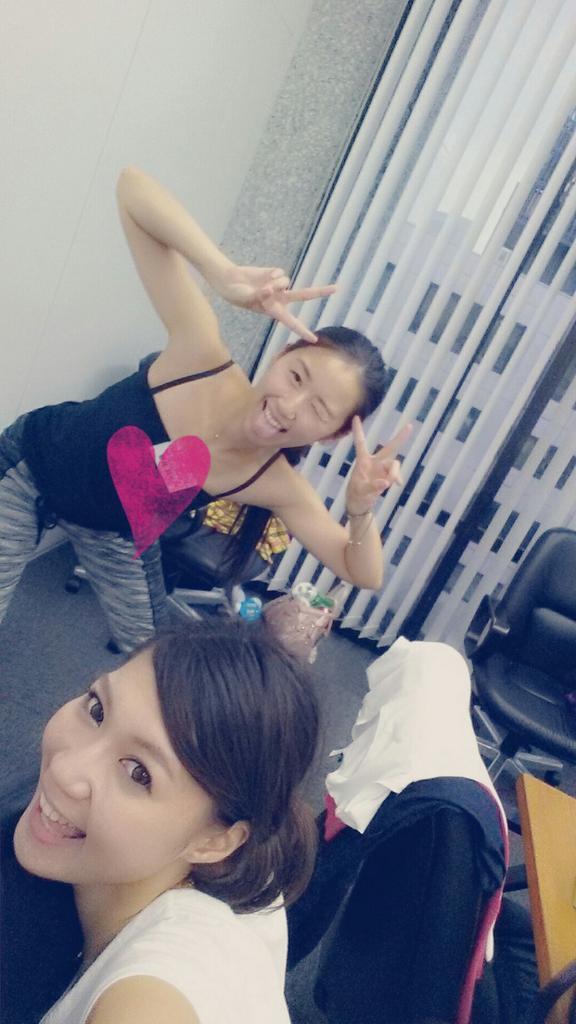 東京ゲームショウ、リハ♡キャラクター発表されたんだけど、今回は同じ事務所で仲良しの ゆりちゃんとペアだぁ!💕 嬉しいな!そしてダンス...ハードです。w 今は必死にダンスレッスン中~!頑張る~!