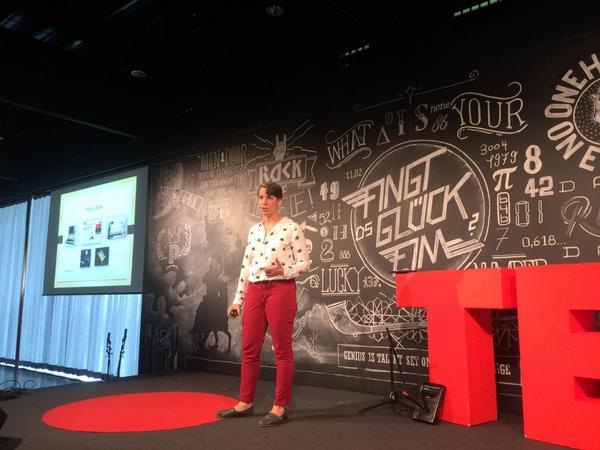 @AmbSuzi got the advice to fail fast & fail cheaply & encourages us to do so. Great & fun talk #TEDxBern http://t.co/sW2bW97FJm
