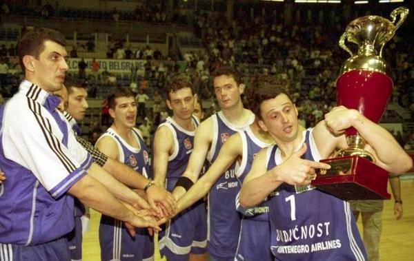 Zlatna generacija (1999-01)