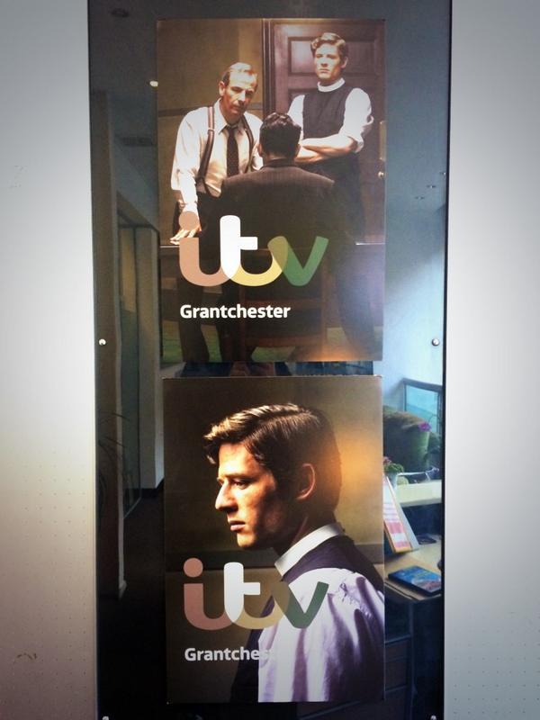 Grantchester ITV 2014, l'adaptation des romans de James Runcie - Page 4 BxL7R6zCYAA7jNf