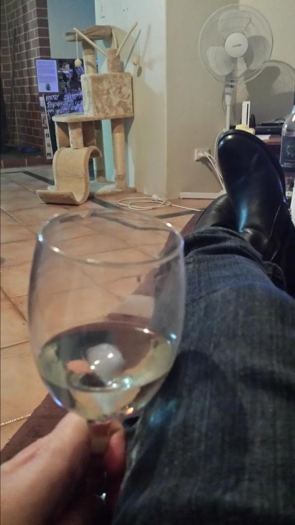 Enjoying a nice #tcweekdaywine. @TravelCorkscrew http://t.co/Z9WtgPnCFr