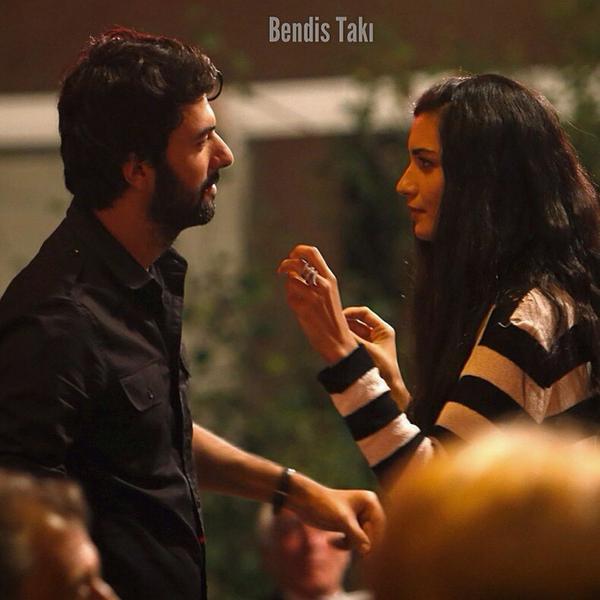 Грязные деньги и любовь / Kara Para Aşk (2014, Турция) - Страница 20 BxLw8gwIYAAqIwA